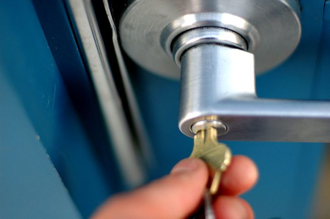 lock-and-key-door-001.jpg.653x0_q80_crop-smart