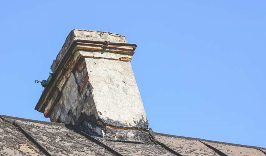 Damages Before a Chimney Repair